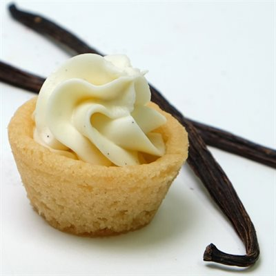 Vanilla Bean Cheesecake Cookie Cups