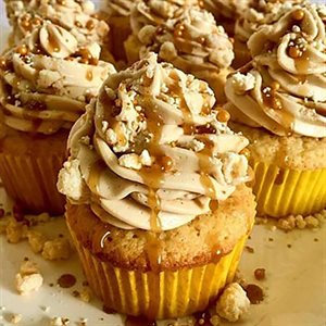 Golden Butter Cupcakes With Salted Caramel Buttercream