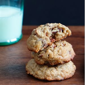 Banana Nut Chocolate Chip Cookies